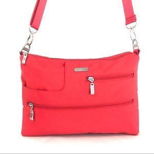 💥SALE💥 Baggallini Red Crossbody Travel Bag